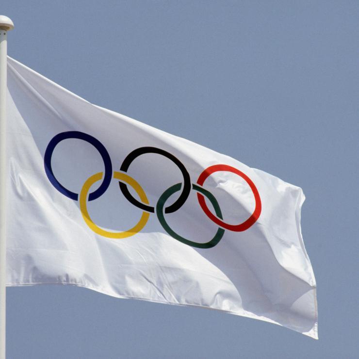 Drapeau anneaux olympiques