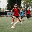 Jeune footballeuse